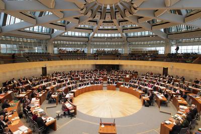 Bildarchiv des Landtags Nordrhein-Westfalen. Fotograf: Bernd Schälte
