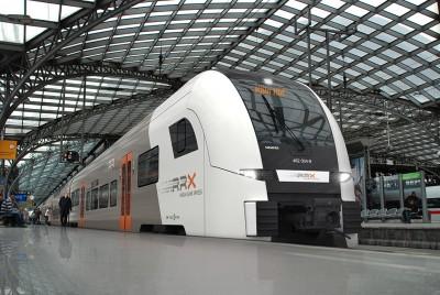 RRX Köln Hbf am Gleis150107 Fotomontage