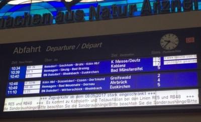 Bonn Hbf Anzeigetafel170508 - Zugausfälle RE 5 + RB 48